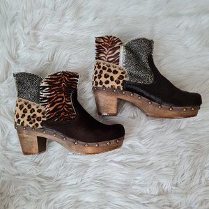 Sanita animal print heeled booties size 37